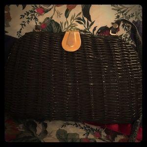 VINTAGE Mister Ernest wicker handbag.